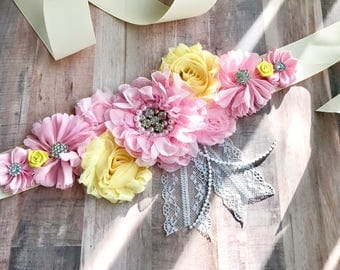 Pink and Yellow Sash/Maternity/Gender Reveal/Maternity Sash/Pregnancy/Baby Shower/ Keepssake/Gift