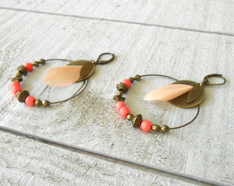 Creole bronze, pink feather powder, coral howlite bead