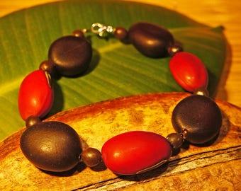 courbaril and gogan Amazon seed bracelet