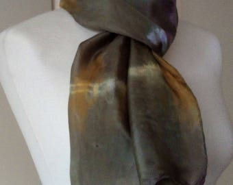 Scarf MAY in olive, purple 100% silk