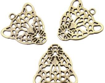 A bronze Leopard pendant