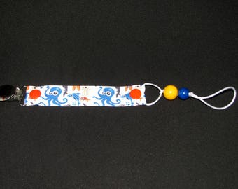Pacifier clip mixed with ocean colors, dention beads