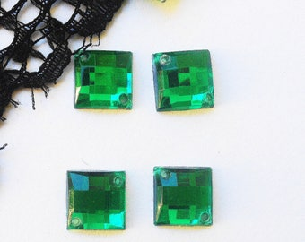 LARGE RHINESTONE sew green square resin 14 x 14 mm 4 rhinestones (F67)