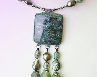 Green Mica necklace