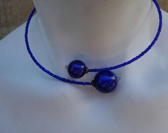 Necklace Choker of neck beads magic blue Ultramarine