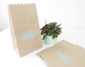 Set of 5 clutch bag with gusset in sky blue cloud 11x19x6.5 cm gift printed kraft paper jewelry.