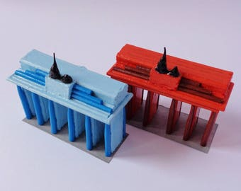 1 piece, Tot.: 2-Brandenburg Gate with toothpicks and hand painted (orange or celestial)