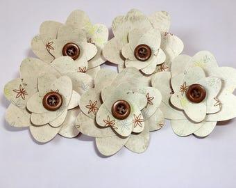 Paper Flowers, Cream/Brown (5)