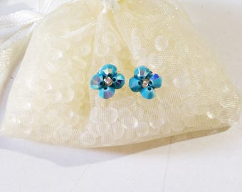 Swarovski Crystal turquoise Stud Earrings