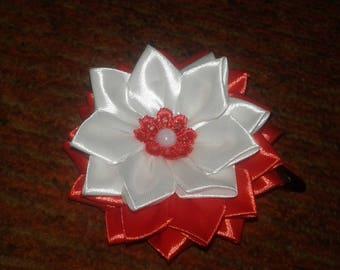 Red White Flower. Kanzashi set of 2 Flower Hair Clip. Hand Made.