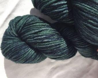 10ply worsted weight merino yarn 100g