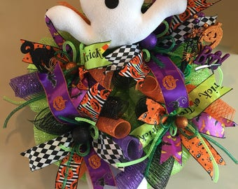 Halloween Wreath with a Ghost