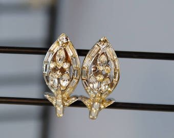 Vintage Earrings Corocraft Coro 1940s Authentic Crystals
