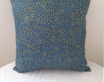 2 Decorative Pillows for indoor and outdoor use