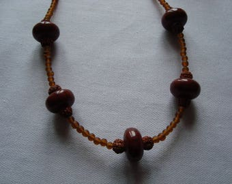 Simple necklace in shades of Brown