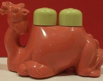 Camel Salt and Pepper Shaker Set