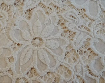 beautiful white lace fabric off white with lycra spandex