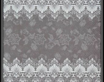 grey and white borders napkin