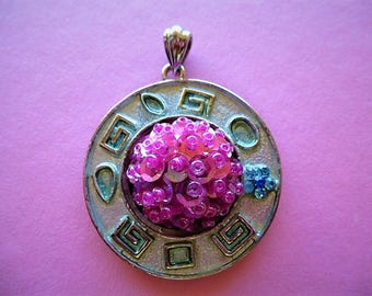 Inca style Silver Pendant with cabochon pink pearls and pink glitter 42 mm
