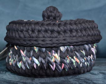 Round box with fabric cover/black yarn/Mix
