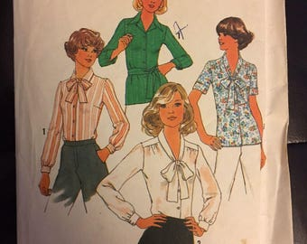Womens vintage blouse pattern. Long and short sleeve top options size 18 and 20 Simplicity 7896