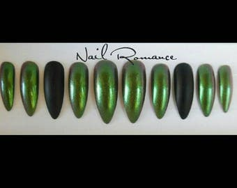 Metallic Green and Black Long Stiletto / Stiletto Nails / Press On Nails / Glue On Nails / Fake Nails