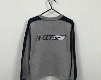 Vintage Nike Embroidery Logo Sweatshirt