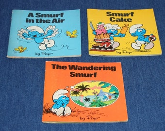 Set of 3 vintage SMURFS books by Peyo in great condition!