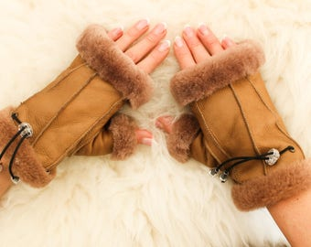 SHEEPSKIN gloves Women LEATHER black gloves sheepskin mittens handmade FUR wool hand warmer Warm winter no finger gloves  gift for women