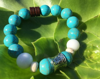 turquoise dyed howlite beaded bracelet for men and women