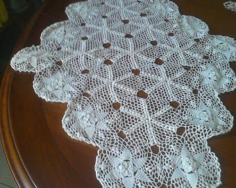 rhomboid crochet center