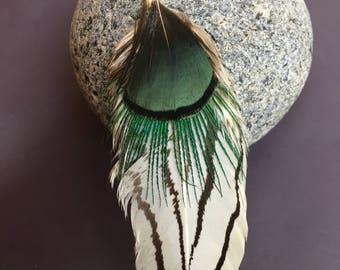 boucle d'oreille unique en plumes naturelles