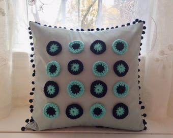 Pop Pillow 18 x 18, Crochet pillow, Emerald green pillow, girls decor, Hippie pillow, Circle pattern, pompom pillow, Pop gift, Teen decor