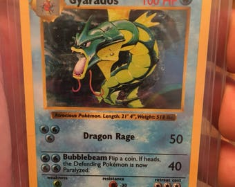 "Shadowless Pokémon card ""Gyarados"""