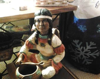 """Universal Statuary Corp. Chicago, 1976! Native American Mother. 12""""in V.Kendrick"""