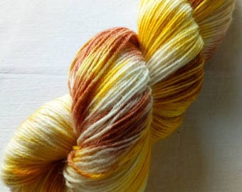 Hangefärbte socks wool in 100g strand