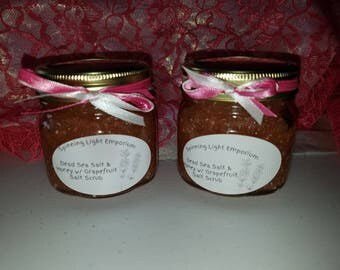 Dead Sea Salt & Honey w/ Grapefruit Scrub