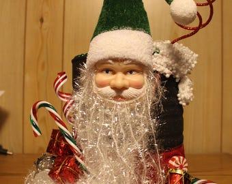 Christmas Centerpiece ~ Santa Green