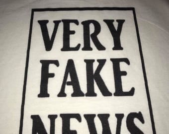Very Fake News Tshirt