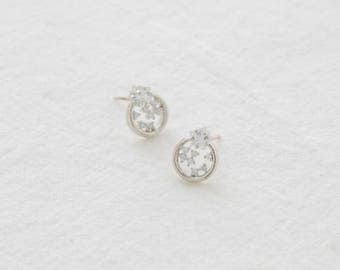 round star earring