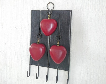 Key holder with trio of hearts