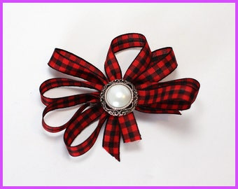 Red and Black Checkered Pearl Hair Clip
