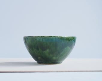Handmade ceramic bowl, decorative bowl, ceramic bowl, ceramic dish, green bowl, handmade gifts, handmade pottery