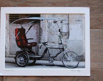 Photo of Bicycle in Havana, Cuba