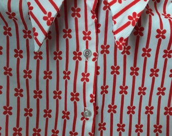 1970s Vintage Shirt with Pointed Collar