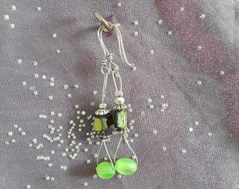 Earrings with imitation stone glass.