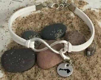Hawaii charm, Hawaii jewelry, hawaii charm bracelet, Hawaii gifts, Hawaii, state gifts, state charms, Hawaii charms, Hawaii necklace