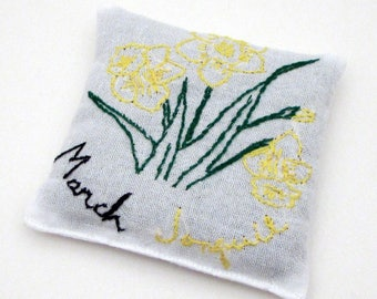 March Birthday Gift - March Birth Flower - Daffodil - Jonquil - Large Dried Lavender Sachet - Vintage Embroidered Linens - drawer sachet
