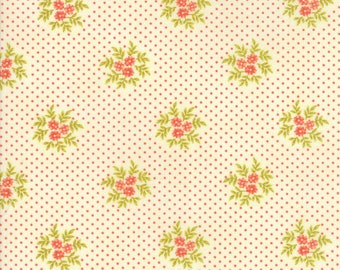 Ella and Ollie - Posies in Milk: sku 20307-16 cotton quilting fabric by Fig Tree and Co. for Moda Fabrics