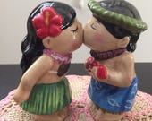 Rare Westland Collectible Mwah Magnetic Hawaiian Kiss Salt and Pepper Shakers